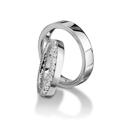 Furrer Jacot Magiques Diamond Ring