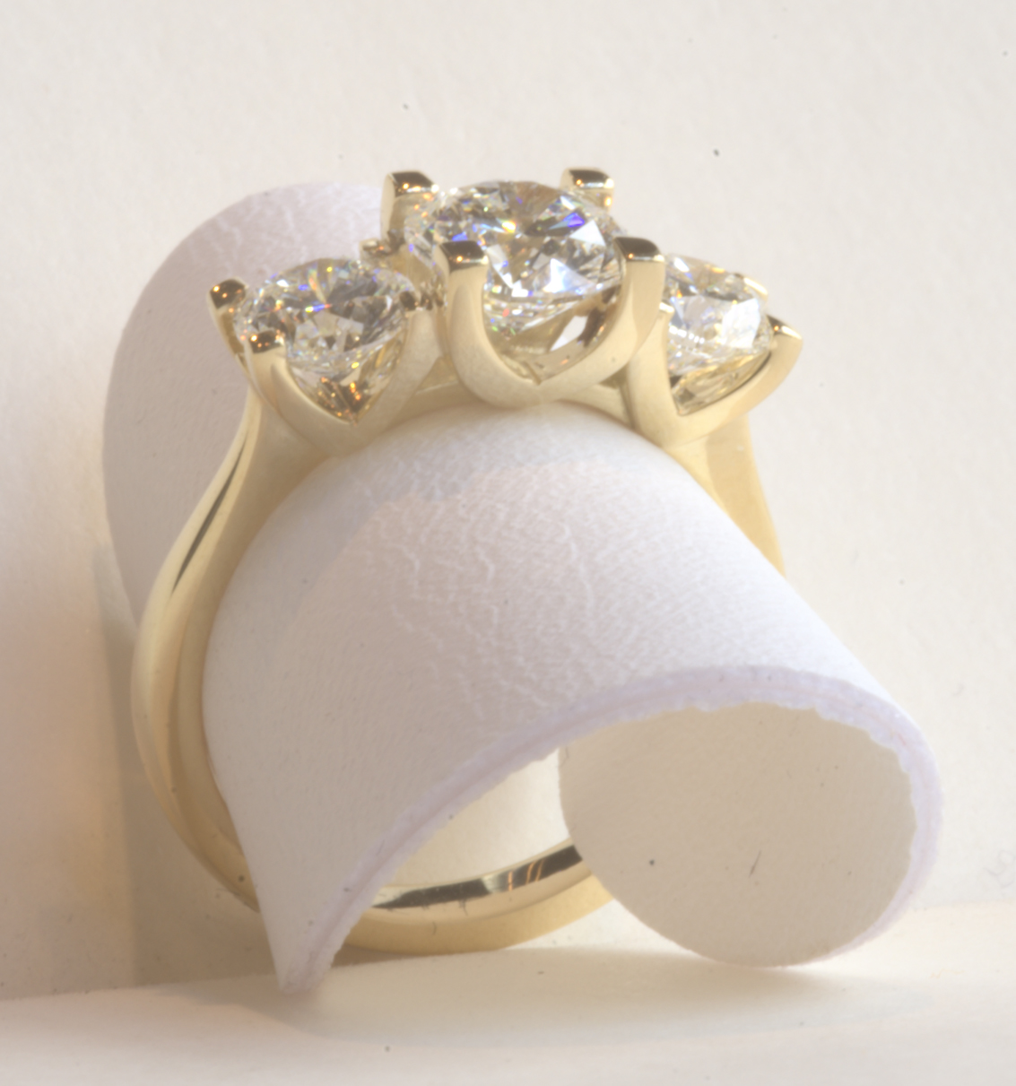 2ct 18ct Yellow Gold Trilogy Ring