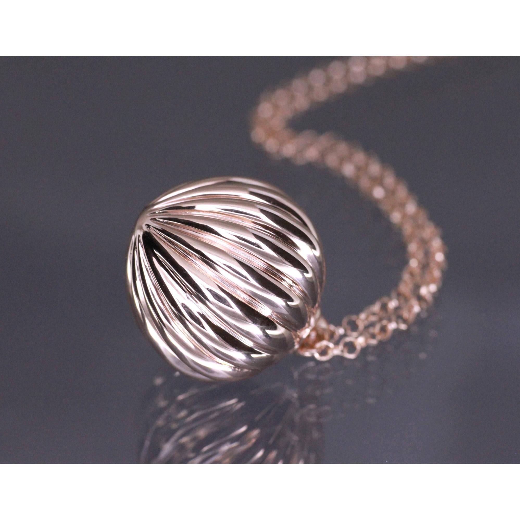 Lindenau Acorn Necklace