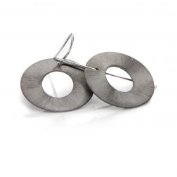 Lindenau Stylised Flattened Doughnut Earrings