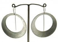 Lindenau Silver Stylized Crescent Disk Earring