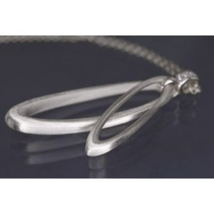 Lindenau Silver Oval Loop Necklace