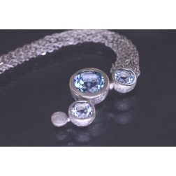 Lindenau Sky Blue Topaz Bubble Necklace