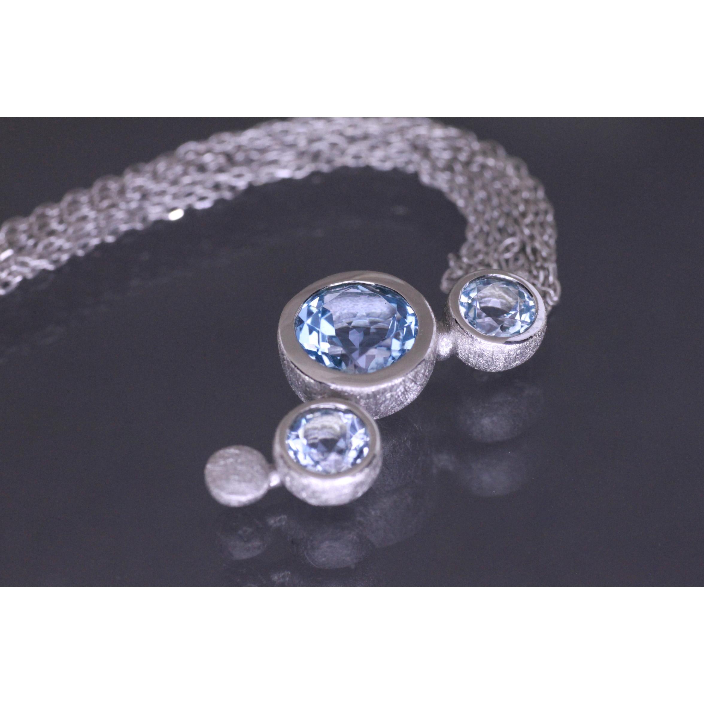 Lindenau Sky Blue Topaz Bubble Necklace