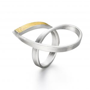 Manu Origami Twist Ring