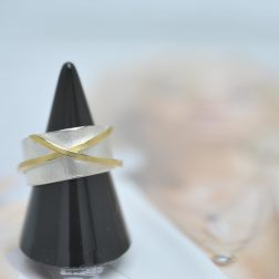 Manu R1153W 22ct Yellow Gold And Silver Dress Ring